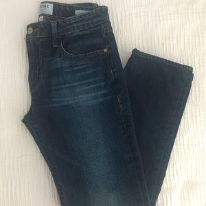 FRAME Forever Karlie straight leg jeans